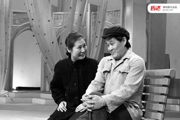 1990年春晚,赵本山《相亲》演出照片
